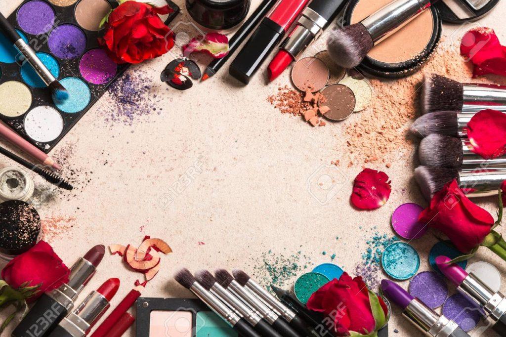 Tránh lạm dụng mỹ phẩm để việc chăm sóc da có thể hiệu quả hơn